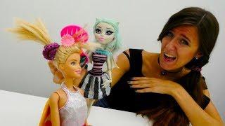 Ana y muñecas populares - Barbie peinados.