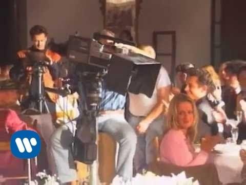 883 - Senza averti qui (Official Video)