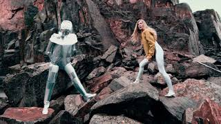 Ionnalee   Some Body