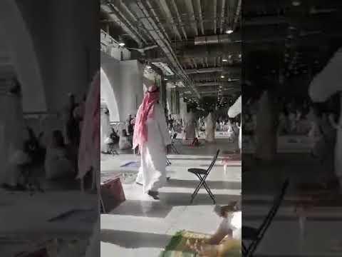 بالفيديو .. القبض على شخص في الحرم المكي يردد شعارات مخالفة