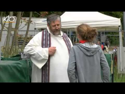 Le pèlerinage du Frat, les collégiens d'Ile-de-France à Jambville