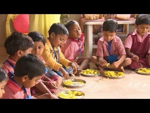 कुपोषण के खिलाफ भारत झगड़े