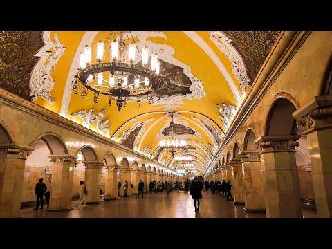 MOSKOVA'DA METRO YÜRÜYÜŞÜ