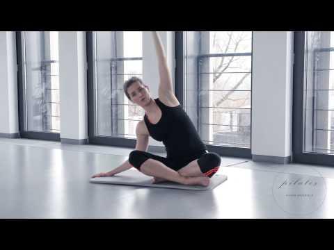 Jak swing mięśnie dumbbells ręce dziewcząt