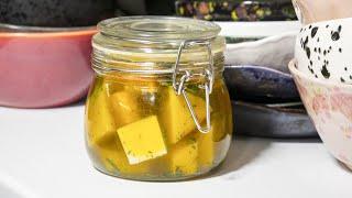 Это просто находка!!! Маринованный сыр или как сохранить сыр надолго.