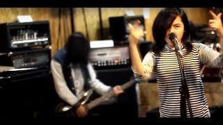 Justin Bieber - Love Yourself - Cover Pop Punk Rock By Jeje GuitarAddict feat. Tika Nistia