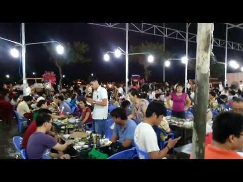 nhà superwagon ăn hải sản ở nhà hàng Bé Mặn đường Hoàng Sa, TP Đà Nẵng