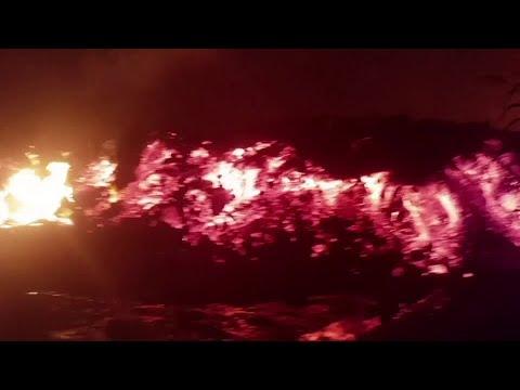 Thousands flee as Congo's Mount Nyiragongo erupts