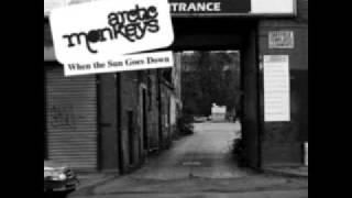 Arctic Monkeys - Stickin To The Floor
