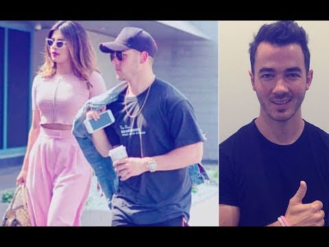Here's What Nick Jonas' Brother Feels About Priyanka Chopra | SpotboyE (видео)