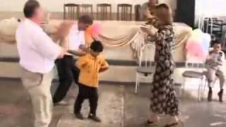 Зачетная лезгинка! мальчик зачётно танцует