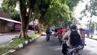 preview picture of video 'Street View - Suasana Jalan Protokol Kabupaten Bantul Yogyakarta Indonesia'