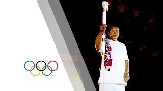 Muhammad Ali Lights The The Olympic Flame At Atlanta 1996