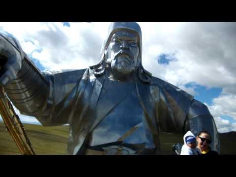 памятник Чингизу Монголия