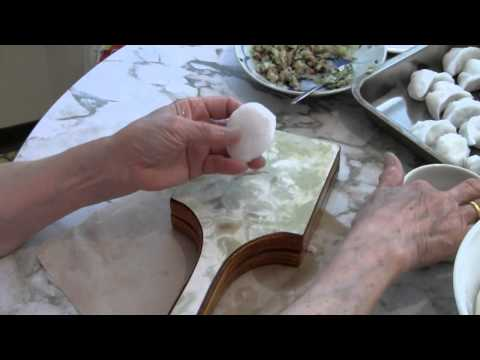 Mom's Chinese Dumpling Recipe  饺子  Traditional Chinese Cooking