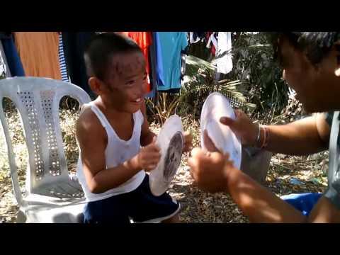 Kung paano upang mabilis na alisin ang umaga maga sa ilalim ng mga mata