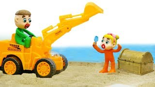 SUPERHERO BABY EXCAVATOR CONSTRUCTION 💖 Play Doh Stop Motion Cartoons
