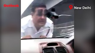 Man Drags Traffic Cop On Car Bonnet To Evade Paper Checking