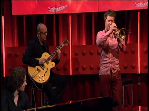 play video:Eric Vloeimans at DWDD