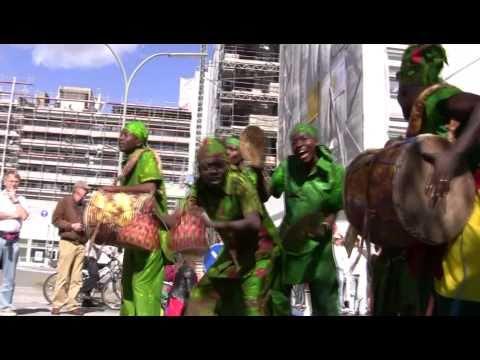 STAMP Parade – Grandiose Truppe aus Ghana