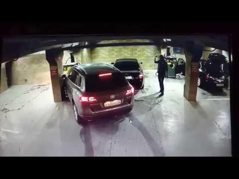 ДТП подземном паркинге (осторожно мат)