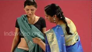 How to drape a Karaikal saree in fisherwomen style?