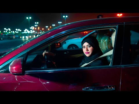 Saudi women hit the road as driving ban lifted