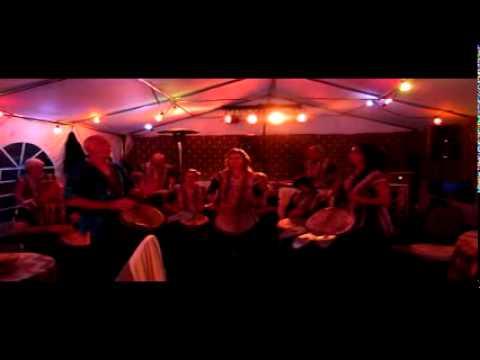 Nummer 4 van optreden Asawali op feest in Gennep