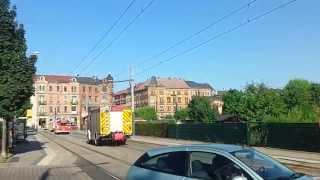 preview picture of video 'Löschzug Übigau mit Karacho durch die City'