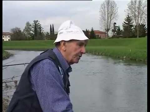 Campeggi per riposo attraverso pesca di Krasnodar Krai
