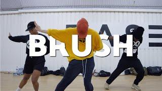 Tobias Ellehammer Choreography / Brush - Phlake