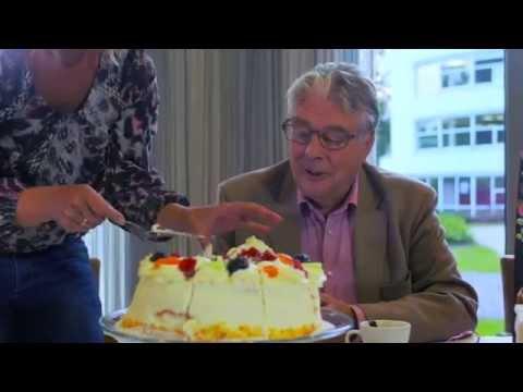 Carrousel video: Wonen, zorg en diensten zijn de drie pijlers van woonzorgcentrum Insula Dei Huize Kohlmann, op twee unieke locaties in Arnhem: een verborgen schat in de stad.