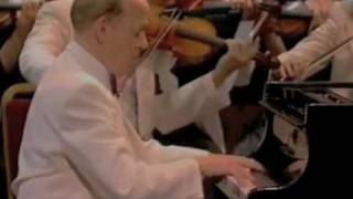 Addinsell Warsaw Concerto played by Philip Fowke at the Proms
