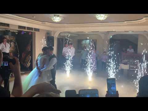 Studio One Love / Перший весільний танець молодят, відео 8