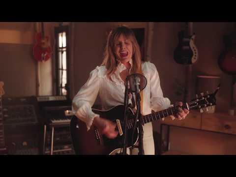 Grace Potter - Every Heartbeat (Topanga Unplugged)