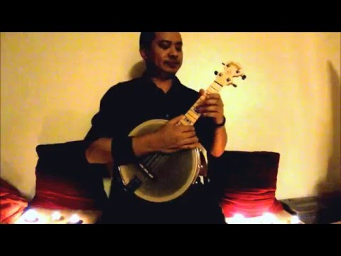 """La Vie en Rose"" by Edith Piaf performed on banjo ukulele."