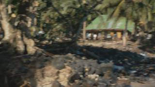 preview picture of video 'Maninoa to Sinalei Before and after the Tsunami'