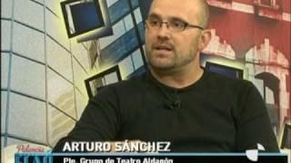preview picture of video 'Entrevista en TV CYL a Teatro Aldagon Paredes de Nava 2010.mpg'