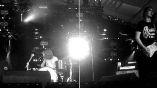 Shaking Godspeed live @ Paaspop Zieuwent 2011