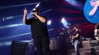 Luke Combs   1,2 Many (New Release Live)