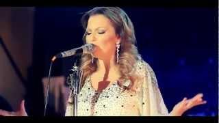 Ivana Selakov   Izmedju Redova   (Official Video)