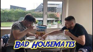 Bad Housemates   2 Johnnies (sketch)