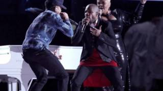 Kirk Franklin wearing a dress at the Grammys??? (Hold My Mule News)