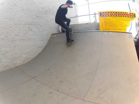 Discontent Skate Shop Mini Halfpipe Sessions: Tyler Ball
