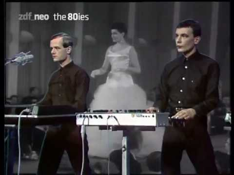 Kraftwerk - Das Model,  Na Sowas - ZDF German Television (original transmission 29/03/1982)