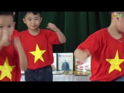 Màn múa võ của các bé đến từ câu lạc bộ võ thuật nhí - Trường mầm non Thăng Long