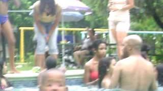 preview picture of video 'la gente de higuerito en casa club la vega.'