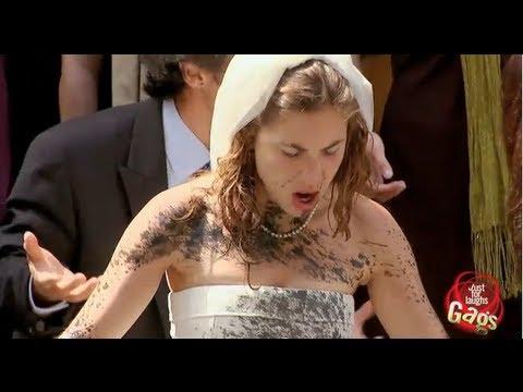תהרסו הכל, רק לא את השמלה - מתיחה קורעת!