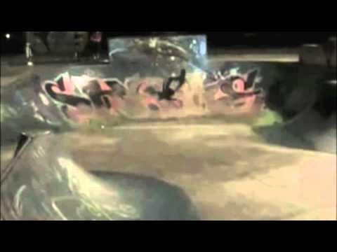 AmeeJay Papelera Horrible Bail at Houghton Skatepark LB 2007.mov