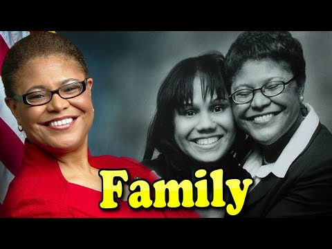 Karen Bass Family With Daughter and Husband Jesus Lechuga 2020